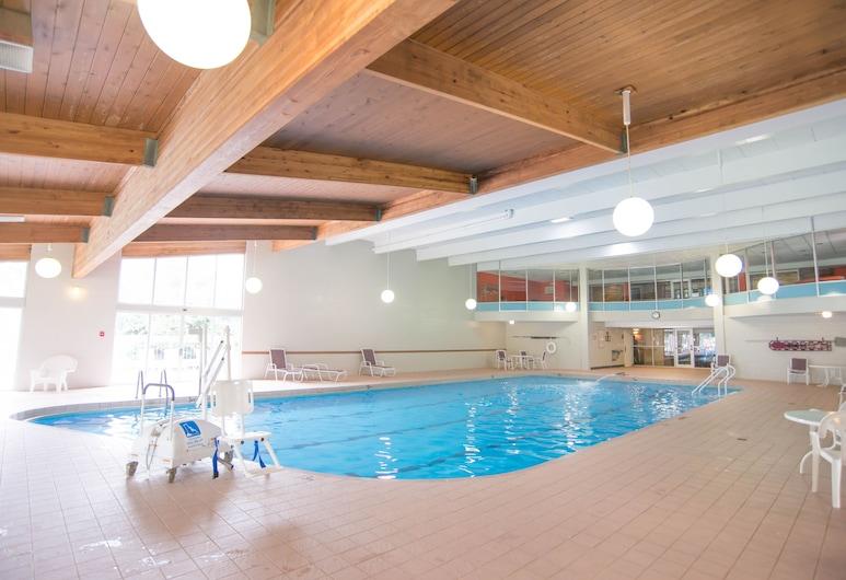 Eastland Suites Hotel & Conference Center, Urbana, Basen