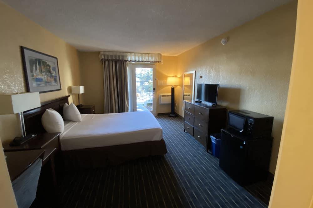 חדר סטנדרט, מיטת קווין, נגישות לנכים, נוף לבריכה - חדר אורחים