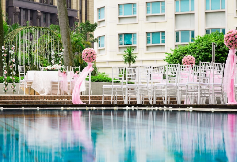 Village Hotel Bugis by Far East Hospitality, Singapore, Outdoor Pool