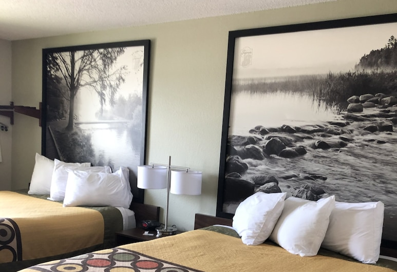 Super 8 by Wyndham Alexandria MN, Alexandria, Upgraded, Rom, 2 queensize-senger, Gjesterom