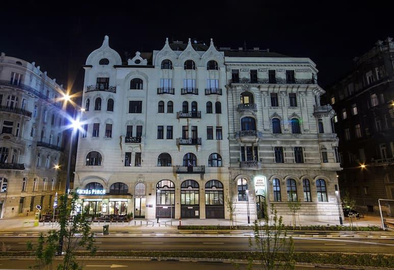 City Hotel Matyas, Budapest, Utvendig