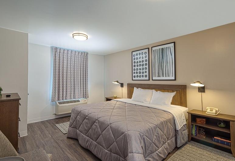 Intown Suites Extended Stay - Atlanta GA- Duluth, Duluth, Standard-huone, 1 keskisuuri parisänky, Tupakointi kielletty, Vierashuone