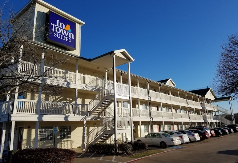 InTown Suites Extended Stay Lewisville TX East Corporate Drive, Lewisville
