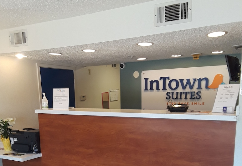 Intown Suites Extended Stay Houston - Westchase, Houston, Saguão