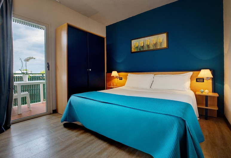 iH 호텔 모노폴리 포르토 지아르디노 리조트, 모노폴리