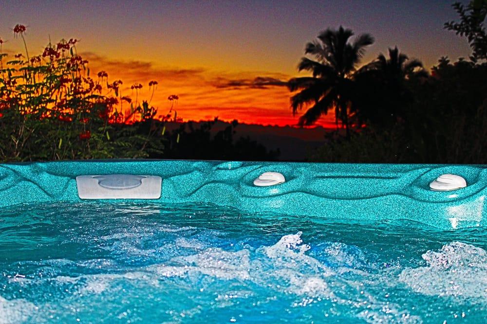 蜜月開放式套房 (Tradewinds) - 私人 SPA 浴缸