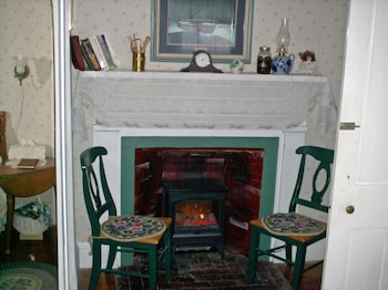 Picture of Nichols Guest House B & B in Seekonk