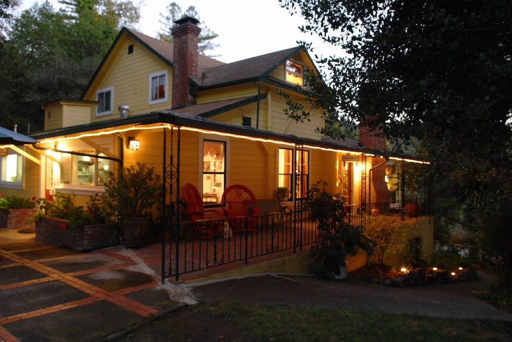 Sonoma Orchid Inn, Forestville
