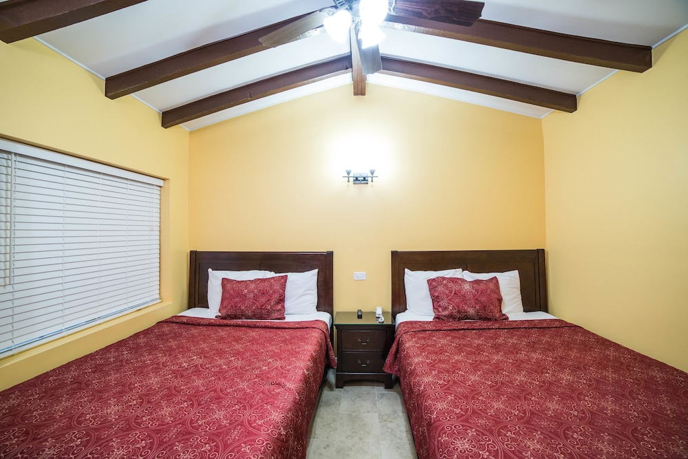 Awesome El Patio Inn, Studio City, Standard Room, 2 Queens And 1 Sofa Bed
