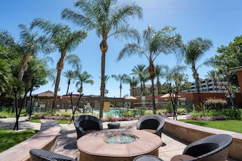 Picture of Courtyard by Marriott Los Angeles Burbank Airport in Burbank