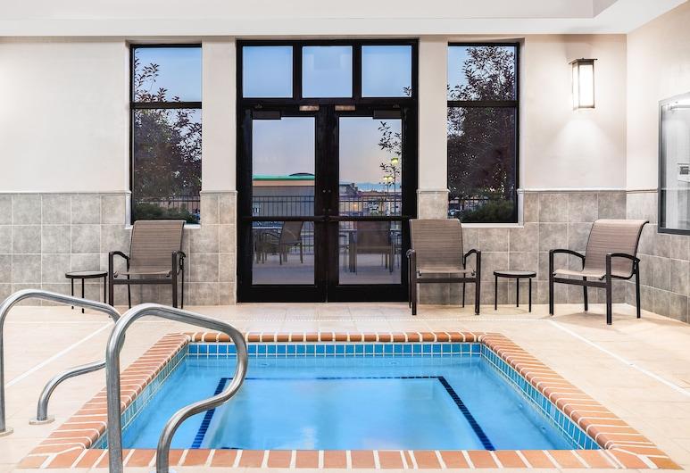Holiday Inn Express & Suites Gillette, Gillette, Alberca
