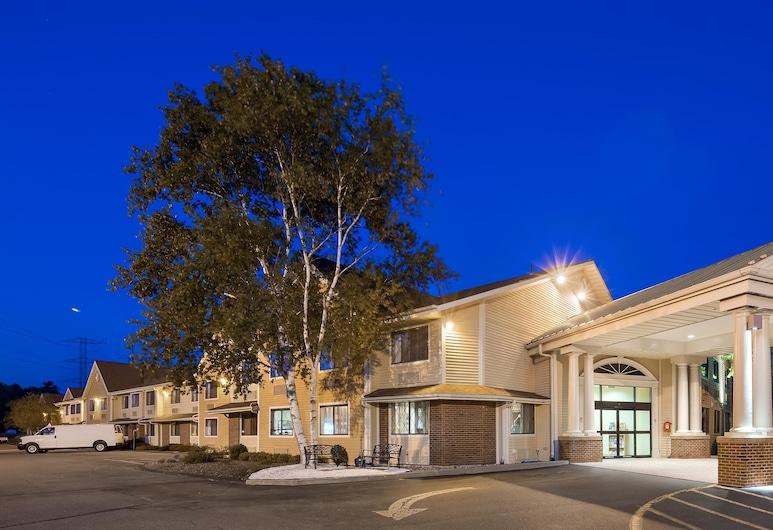 Best Western Plus The Inn at Sharon/Foxboro, Sharon, Fasada hotelu