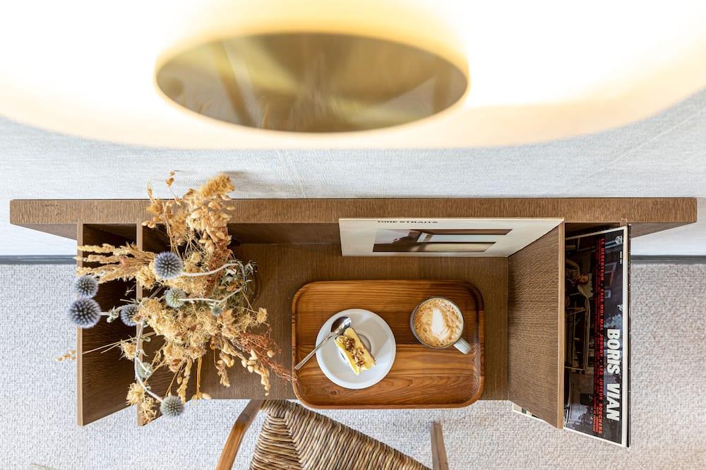 Classic-værelse med dobbeltseng eller 2 enkeltsenge - Opholdsområde