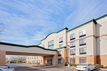 Picture of Wingate by Wyndham Arlington Heights in Arlington Heights