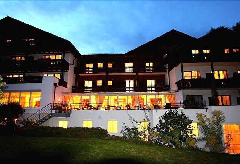 Vital Hotel Wiedemann, Fuessen, Hotel Front – Evening/Night