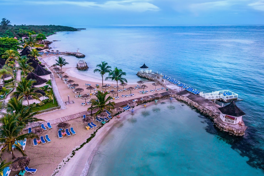 Book royal decameron club caribbean all inclusive in for All inclusive fishing resorts