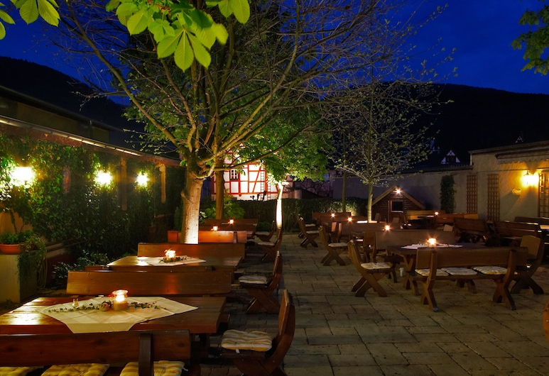 Flair Hotel Alter Posthof, Spay, Outdoor Dining
