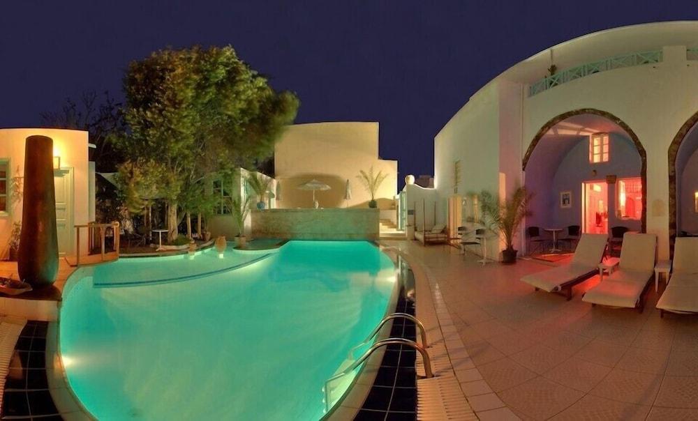 The Museum Spa Wellness Hotel, Santorini