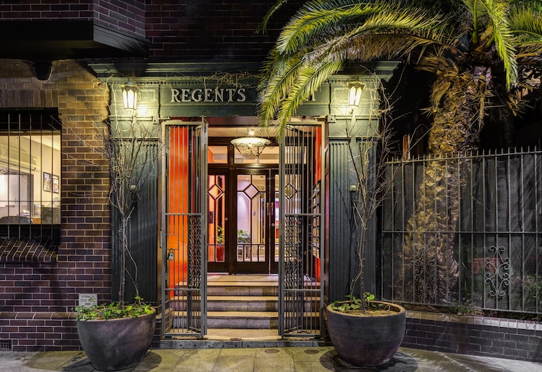 Regents Court Sydney, Potts Point, Entrada del alojamiento