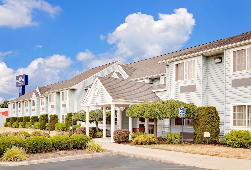 Microtel Inn Suites By Wyndham Wellsville