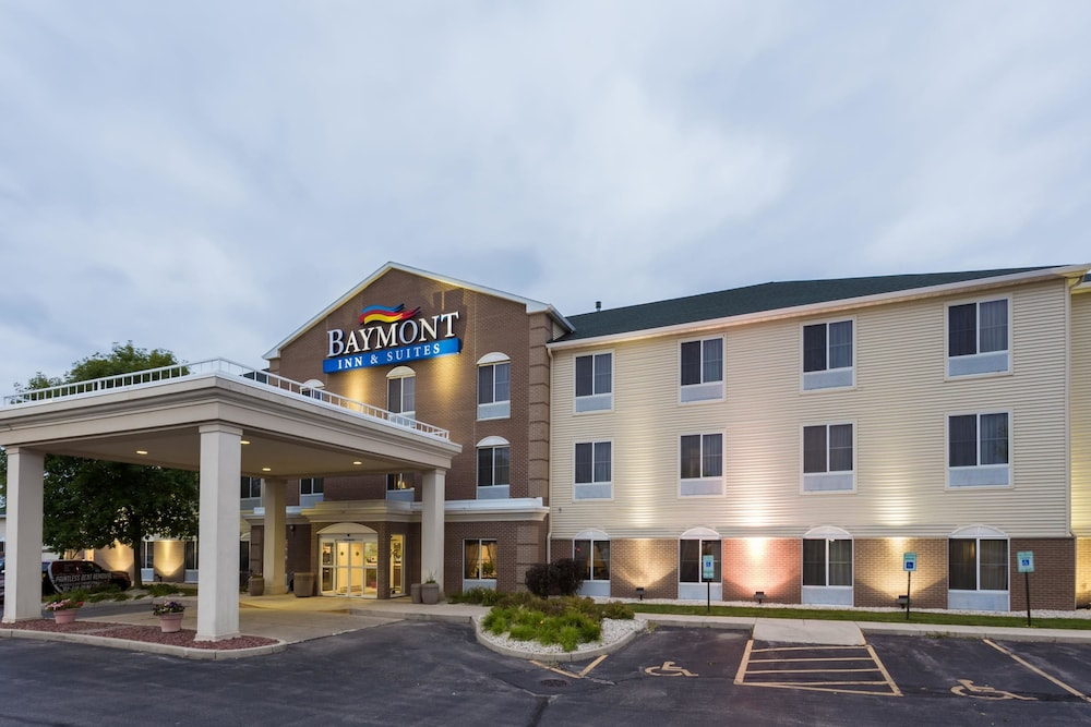 Baymont Inn And Suites Waterford Burlington Wi