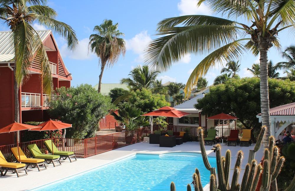 Palm Court At Orient Beach Bay