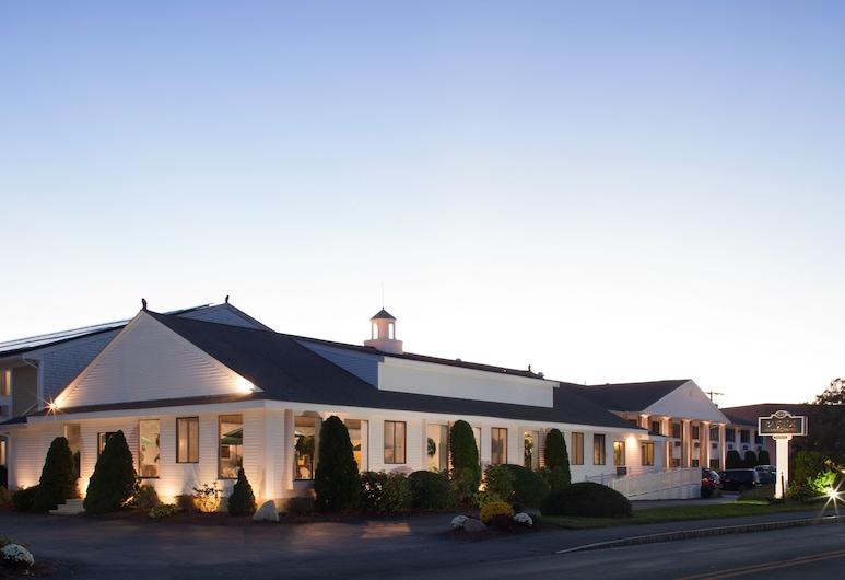 Bayside Resort Hotel, West Yarmouth