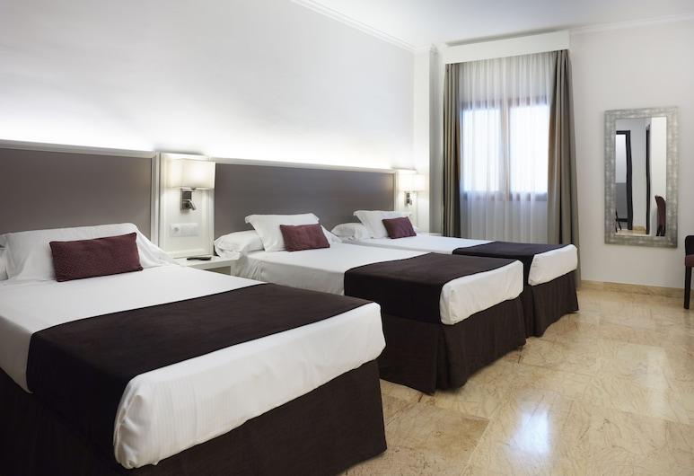 邁斯特拉薩酒店, 隆達, 三人房, 客房