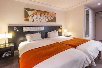 Picture of ONOMO Hotel Cape Town – Inn on the Square in Cape Town