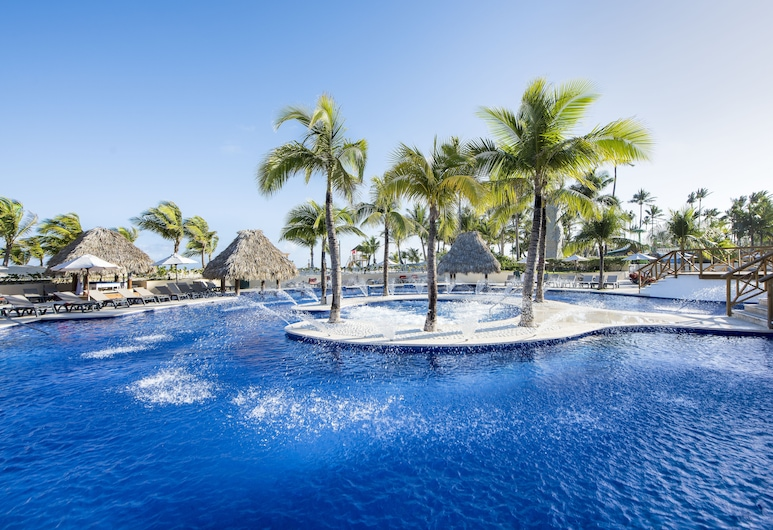 Occidental Caribe - All Inclusive, Punta Cana, Family Room - 2 Adults & 2 Child, Útilaug