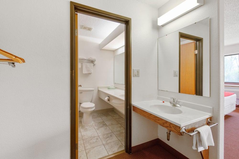 Sviitti, 1 suuri parisänky - Kylpyhuone