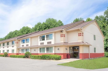 Picture of Super 8 by Wyndham Oneonta/Cooperstown in Oneonta