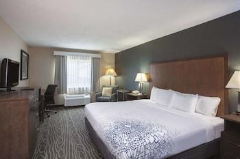 Introduce las fechas para ver los descuentos de hoteles en Richmond