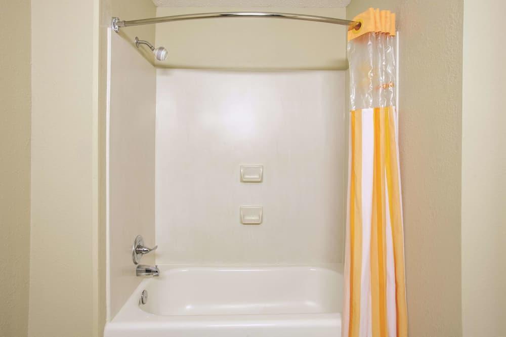 Номер, 1 ліжко «кінг-сайз» - Ванна кімната