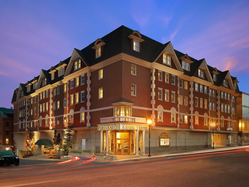 Portland Harbor Hotel Front