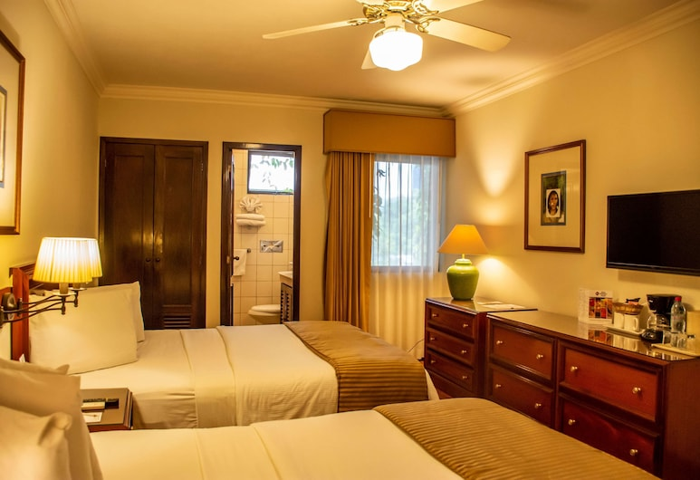 Hotel Stofella Guatemala, Guatemala City, Standard Room, 2 Double Beds, Smoking, Guest Room