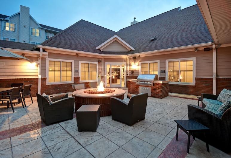 Residence Inn by Marriott Dayton Beavercreek, Beavercreek, Terrasse/patio