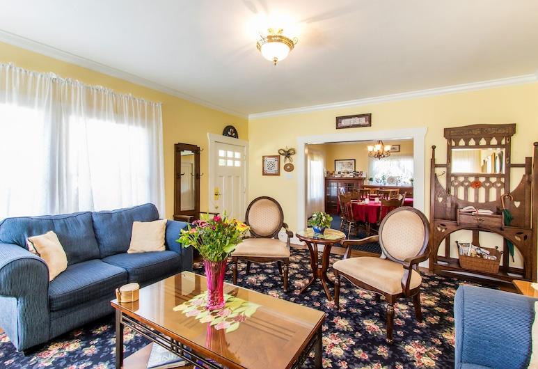 Shady Oaks Country Inn, St. Helena