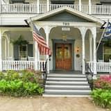 1898 Waverly Inn