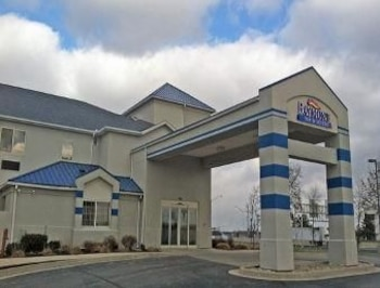 Picture of Baymont Inn & Suites Fort Wayne in Fort Wayne
