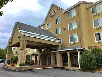 Picture of Country Inn & Suites by Radisson, Buford at Mall of Georgia, GA in Buford