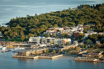 Picture of Harborside Hotel Marina And Spa in Bar Harbor