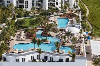 Фото Trump International Beach Resort в в Санни-Айлс-Бич