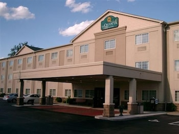 Choose This Cheap Hotel in Louisville