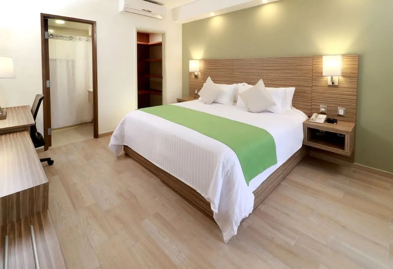 Wyndham Garden Monterrey Valle Real, Monterrey, Suite, 1 Bedroom, Non Smoking (1 King Bed), Guest Room