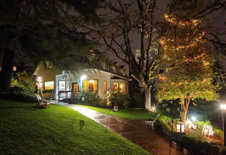 Campbell House Inn, Eugene, Façade de l'hôtel - Soir/Nuit