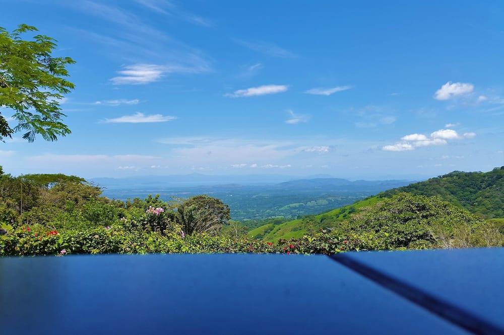 Standard Room, Terrace, Partial Ocean View - Mountain View