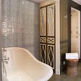 Deluxe-Doppelzimmer, Terrasse - Dusche im Bad