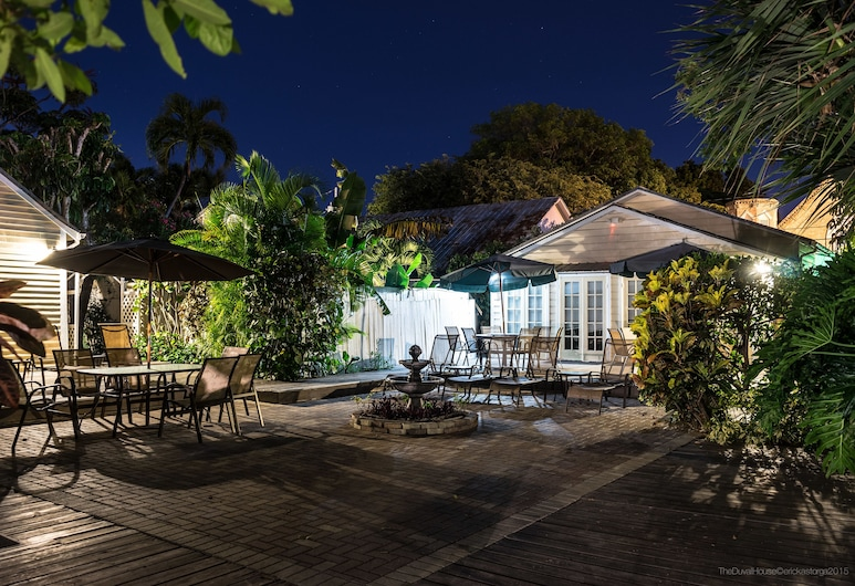 Duval House, Key West, Courtyard