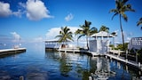 Choose This Mid-Range Hotel in Islamorada